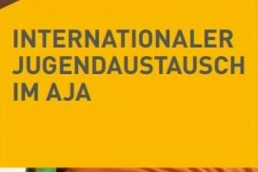 "AJA-Flyer ""Internationaler Jugendaustausch im AJA"""